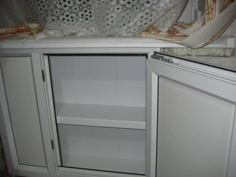 Ремонт пластика в холодильнике
