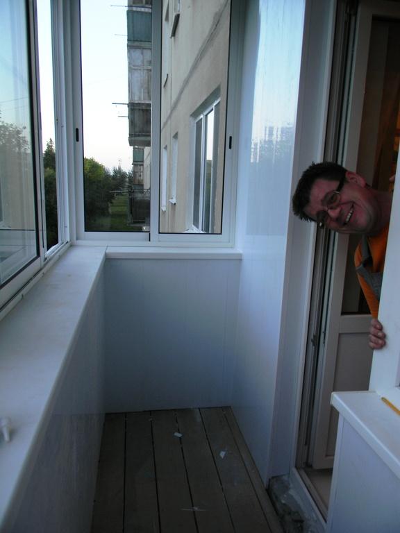 Услуги домокон внутренняя наружная обшивка балконов и лоджий.