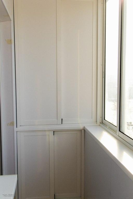 встроенный шкаф для балкона лоджии изготовления установка